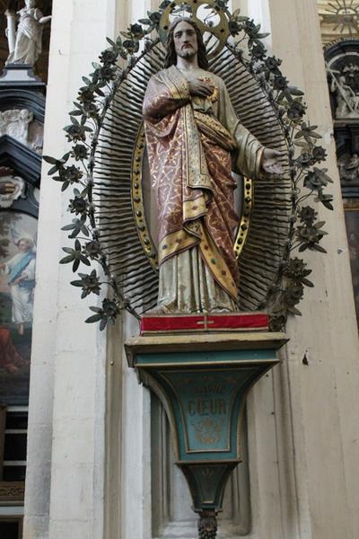 Sokkel voor het beeld van het Heilig Hart