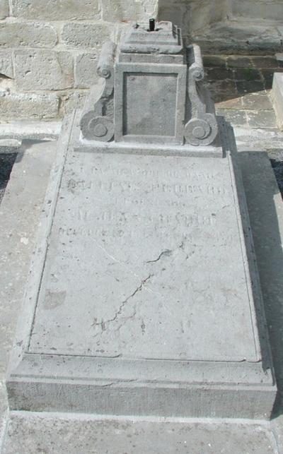 grafmonument Perrard = echtgenote Crabbe