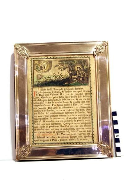 klein canonbord in zilver uit de 18e eeuw met een voorstelling van Sint-Jan op Patmos.
