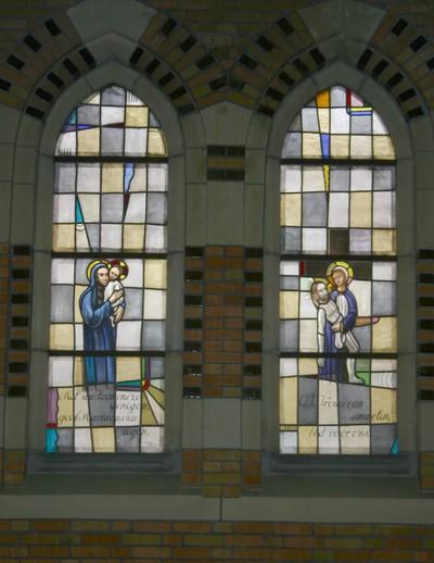 Madonna met Kind, Bewening van Christus