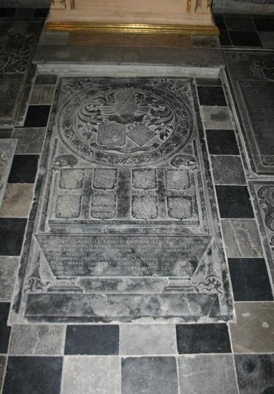 Grafsteen van Jacobus Caproens, zijn echtgenote Maria Gielkens , Johannes van Hilst