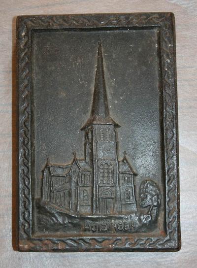 Presse-papier met kerk van Huizingen
