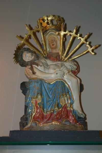 Piëta met Maria van zeven smarten (Mater Dolorosa)