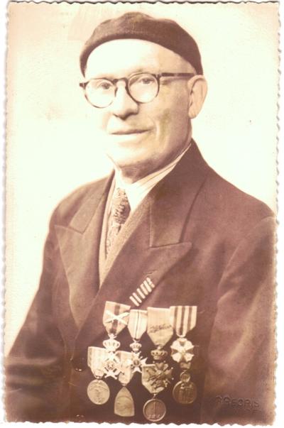 Portret oudstrijder Guillaume Vanstraelen, Walsbets, Landen