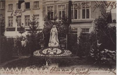 Foto: straatversiering: Onze-Lieve-Vrouw Onbevlekt Ontvangenis, Botermarkt (Virga Jessefeesten, Hasselt, 1905)