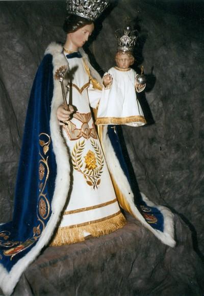 H. Maria met kroon
