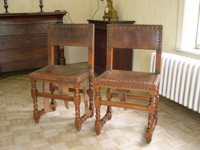 Spaanse stoelen (rubensstoel, lerenstoel)