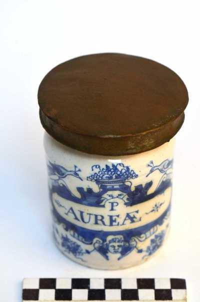 Delfts blauwe apothekerspot; P AUREÆ