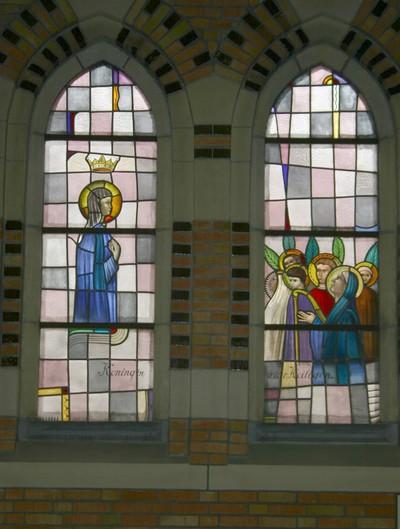 Maria Koningin, groep heiligen