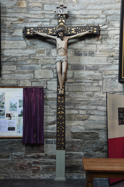 Beeld 'Christus aan het kruis'
