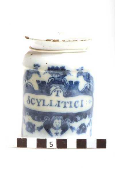 Delfts blauwe apothekerspot; T SCYLLITICI: