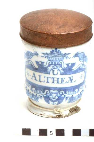 Delfts blauwe apothekerspot; U ALTHEÆ - NUX MOSCHAT: