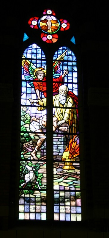 Kruisoffer op de Calvarieberg, Offer van Abraham en Isaak, Offer van Melchisedech