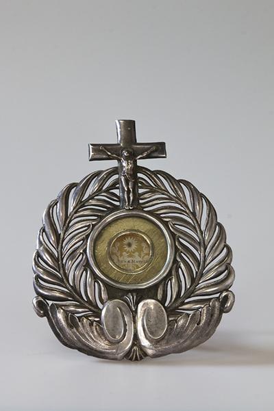 Reliekhouder met reliek van de heilige Anna