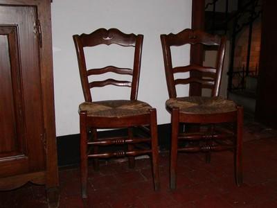 Twee stoelen
