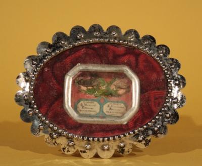 Kusreliek met een reliek van de heilige Monulfus