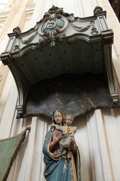 Baldakijn boven het beeld van Onze-Lieve-Vrouw van het Heilig Hart