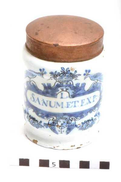 Delfts blauwe apothekerspot; L. SANUM.ET.EXP :