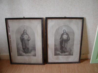 Afbeeldingen van het HHart van Jezus en het HHart van Maria