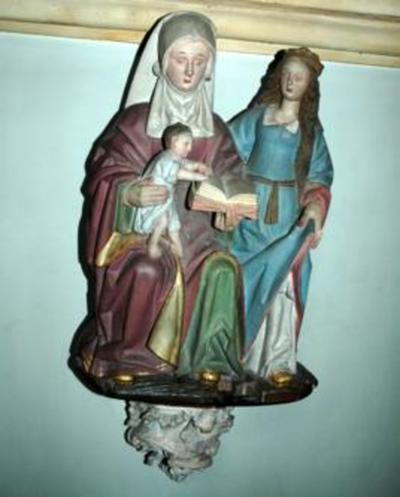 Houten beeld van Sint Anna ten Drieën