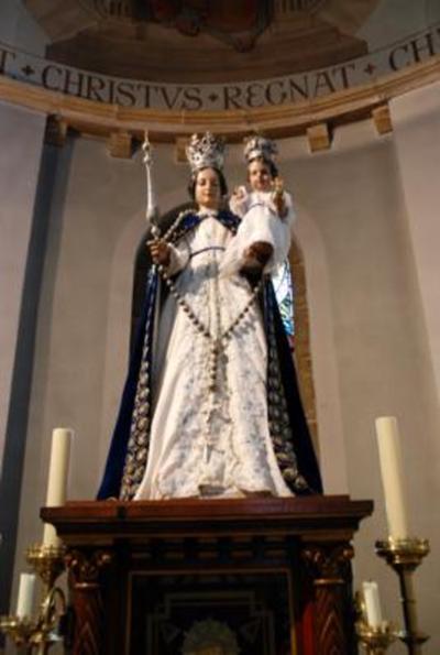 Beeld van Onze- Lieve- Vrouw met kindje Jezus.