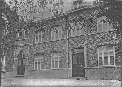 Voormalig klooster OLV van Zeven Weeën
