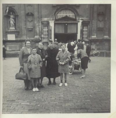 foto voor de Basiliek van O.L.V. van Scherpenheuvel