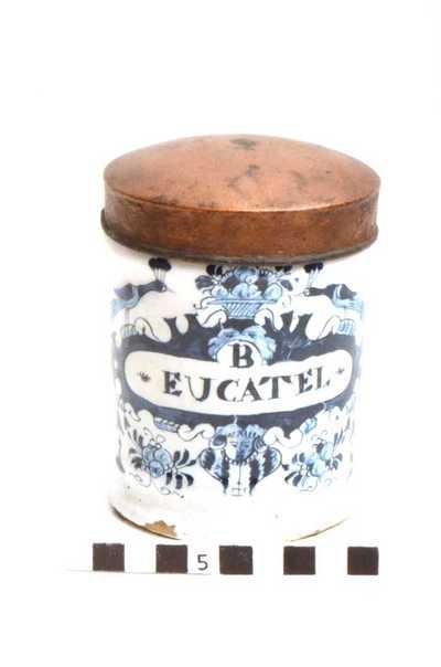 Delfts blauwe apothekerspot; B EUCATEL - BI-CARB: POTASS: