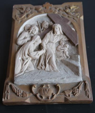 statie 04: Jesus ontmoet zijn bedroefde moeder