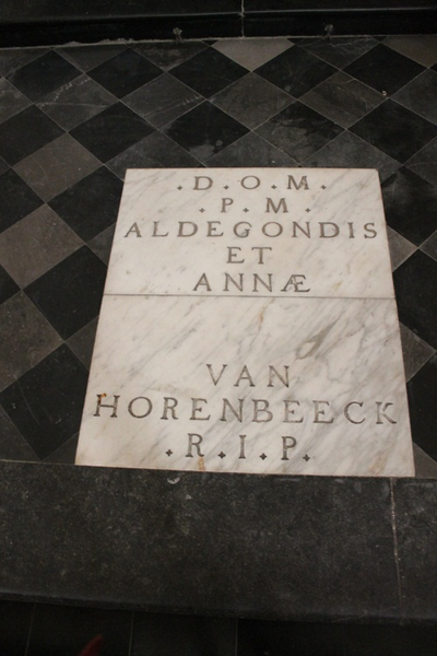 Grafsteen van Aldegondis en Anna Van Horenbeek