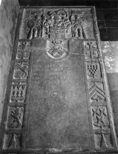 Grafsteen van Jonker Geeraert van Herckenrode en Anne Christine Coursel