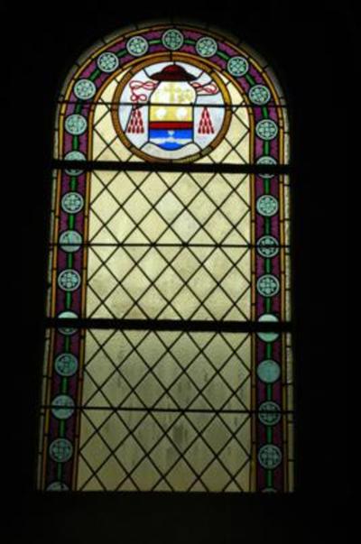 Wapen van Victor Joseph Doutreloux als hulpbisschop
