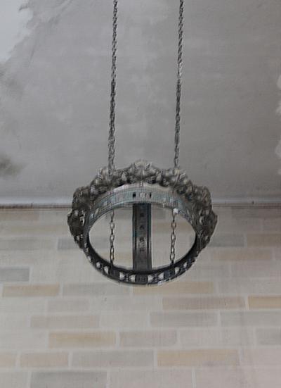 Metalen kroon voor beeld van het H. Hart