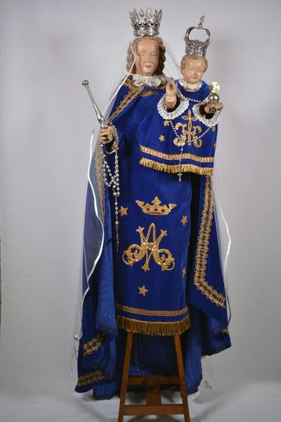 Set van blauwe kledij voor Onze-Lieve-Vrouw beeld
