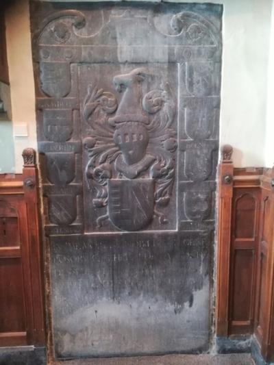Grafsteen Willem de Lamboy - Elisabeth van Eynatten