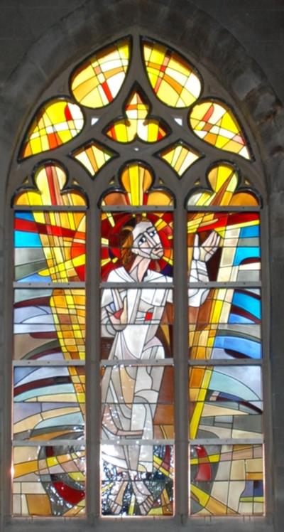 glas-in-loodraam de verrezen Christus