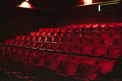 Speelzaal Theater Corso - vanaf podium (côté jardin)