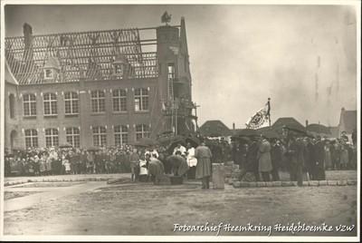 Winterslag - eerste steenlegging van de Heilig Hartkerk