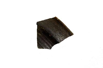 Fragment van een drinkkruik uit Langerwehe, met kraagrand.