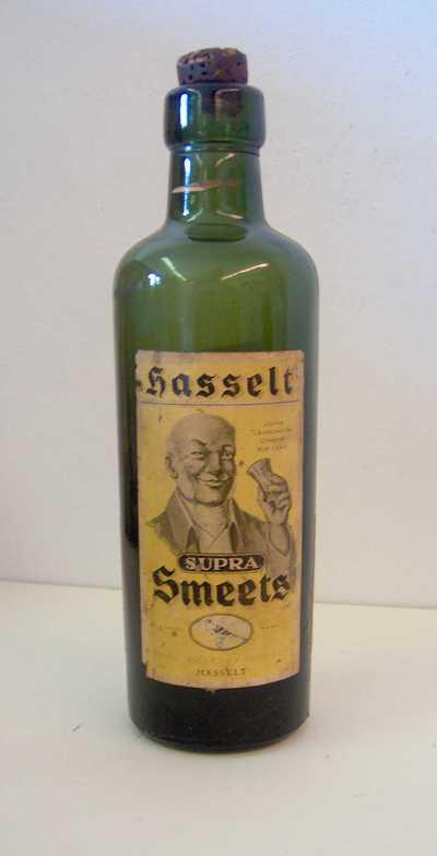 Jeneverfles 'Hasselt Supra Smeets' voor Smeets, Hasselt, ca. 1953-1965