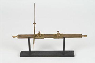 Esthesiometer