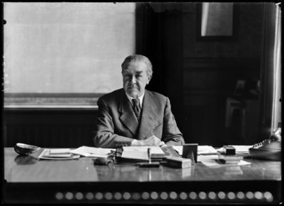 Henri Lavachery, hoofdconservator Kon. Musea voor Kunst en Geschiedenis Brussel