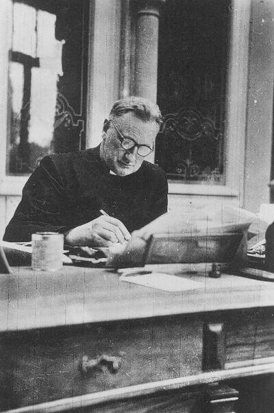 SOBRY, Paul Hendrik Jozef, professor Letterkunde K.U.L.