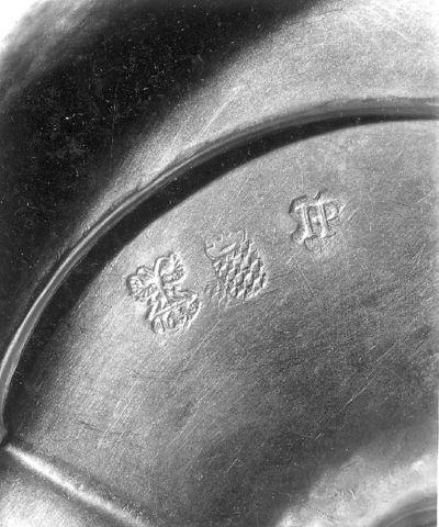 Zilveren, deels vergulde kelk , uit 1655