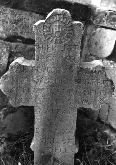 grafkruis Jan Huegems en echtgenote