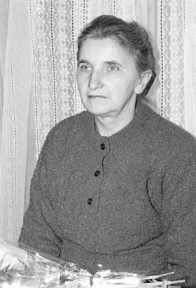 Pożegnanie bibliotekarzy z Kodnia i Łomaz odchodzących na emeryturę w czytelni WiMBP w Białej Podlaskiej - Helena Szudejko