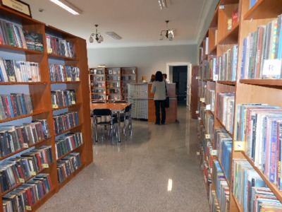 Wypożyczalnia książek Miejskiej Biblioteki Publicznej w Białej Podlaskiej,12.04.2012 r.
