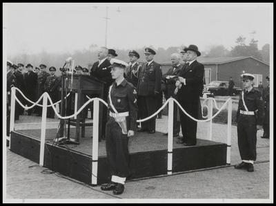 In 1954 had de opening van het Amerikaanse kamp Nieuw Amsterdam  op het vliegveld Soesterberg plaats.