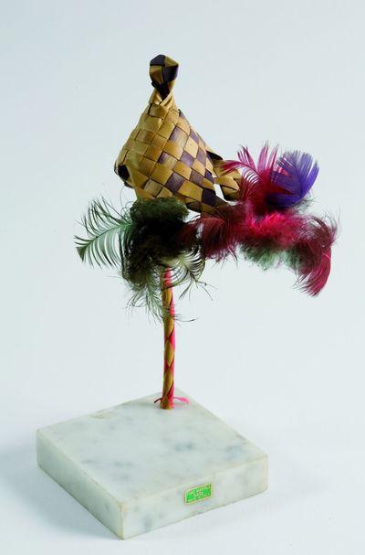 Pájaro-flor. Ready made - Escultura