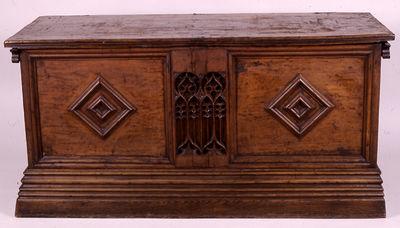 Arca de madera catalana. Arca